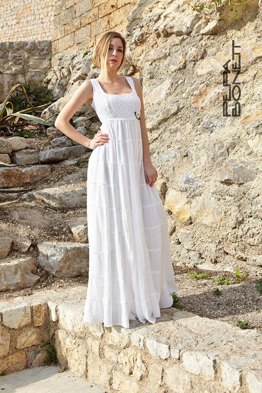 Precioso vestido blanco ibico, largo hasta el suelo